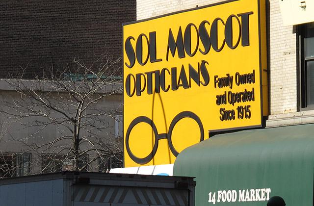Affichage lunettes Moscot